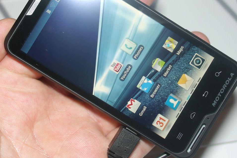 SNIKTITT: Slik er Motorolas nye designmobil