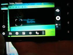 Kameraappen som vi kjenner fra Motorola Razr med Android 2.3 har blitt med til den lekkede programvaren.