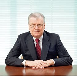 Howard Stringer har ledet Sony siden 2009, men etter tre år med underskudd blir han byttet ut.
