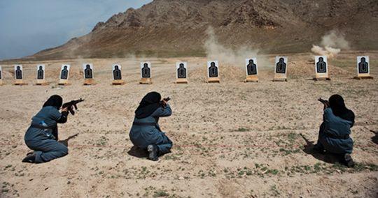 Fra prosjektet om kvinner i Afghanistan. Foto: Lynsey Addario