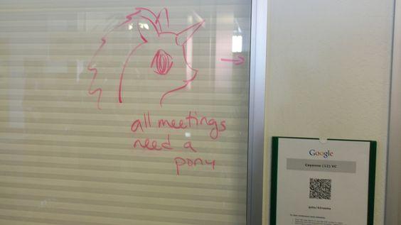 Alle møter trenger en ponni. Eller en enhjørning. (Foto: Finn Jarle Kvalheim)