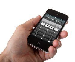 Aktiver automatisk kodelås på mobilen for å unngå at uvedkommende får tilgang til den. (Foto: Kurt Lekanger)