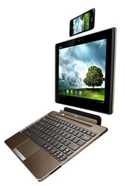 Asus PadFone består av tre deler; en mobiltelefon som kan dokkes i et nettbrett, som igjen kan gjøres om til bærbar PC ved å koble til et tastatur.