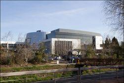 Hovedbygningen på Googles område, Building 42.