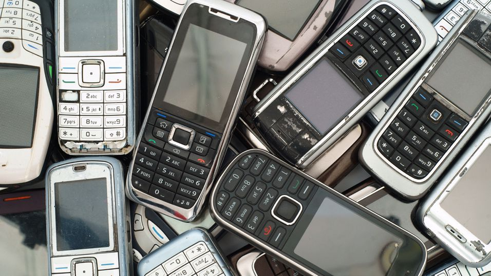 Bare én av ti mobiltelefoner resirkuleres