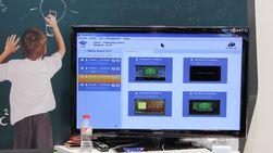 Læreren ser alle skjermbildene på ett sted, og kan chatte med elevene.