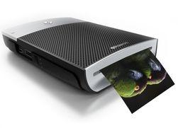 Polaroid GL10 er kort fortalt en printer som bruker teknologien fra de gamle Polaroidkameraene.