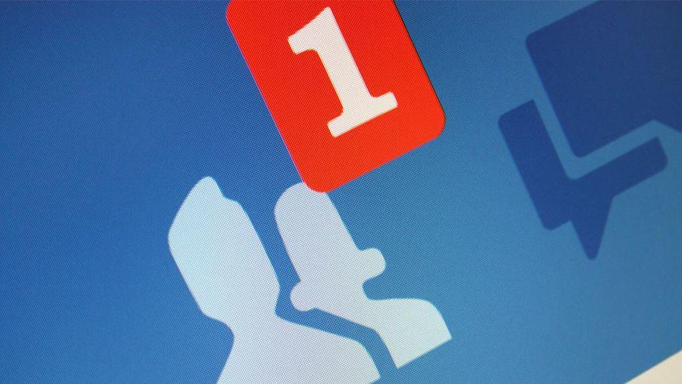- Facebook erstatter virkelige venner