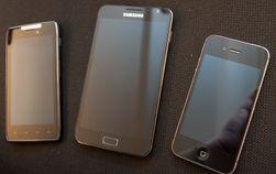 Motorola Razr, Samsung Galaxy Note og iPhone 4S var blant telefonene vi brukte i testperioden.