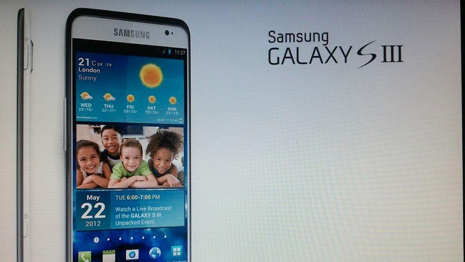 Dette påståtte bildet av Galaxy S III dukket opp på Reddit for noen dager siden. Mye tyder imidlertid på at bildet er falskt. (Kilde: Reddit)