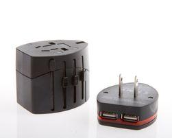USB-adapteren kan tas av, hvis du vil plugge inn et vanlig støpsel i stedet.