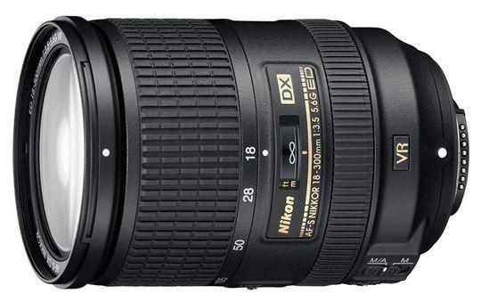 AF-S DX Nikkor 18-300mm f/3.5-5.6G ED VR.