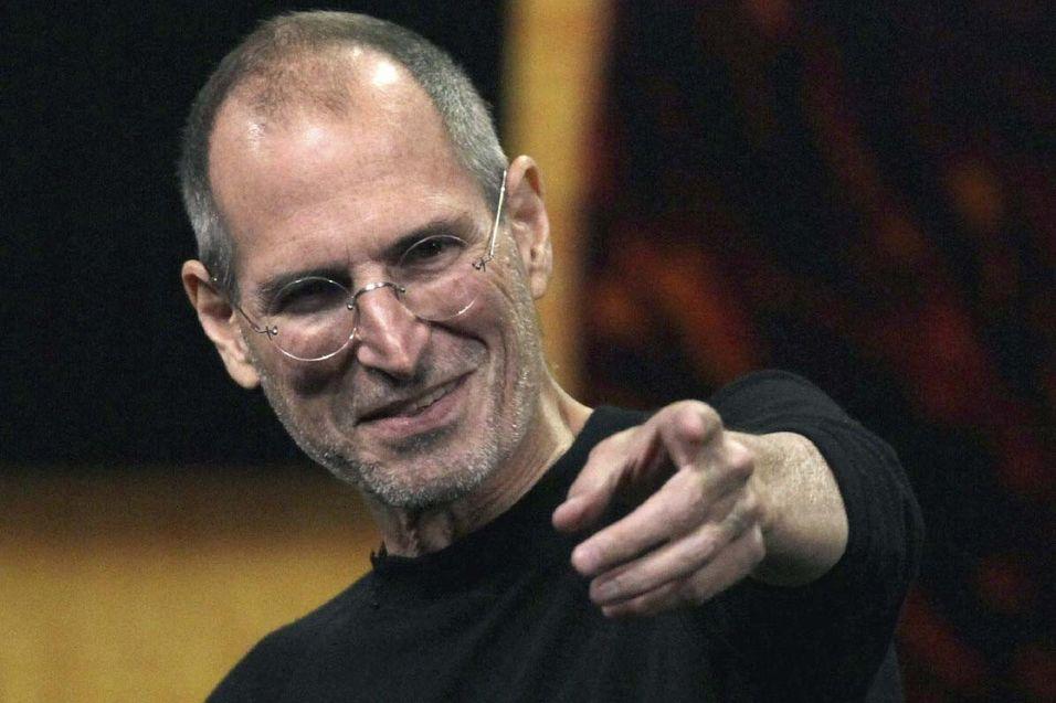 Hedrer Steve Jobs med eget frimerke