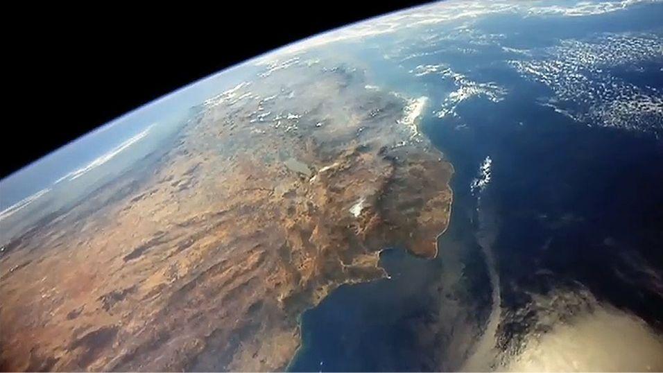 Selskapet Urthecast planlegger å strømme HD-bilder av Jorden filmet fra Den internasjonale romstasjonen. (Skjermdump fra YouTube)