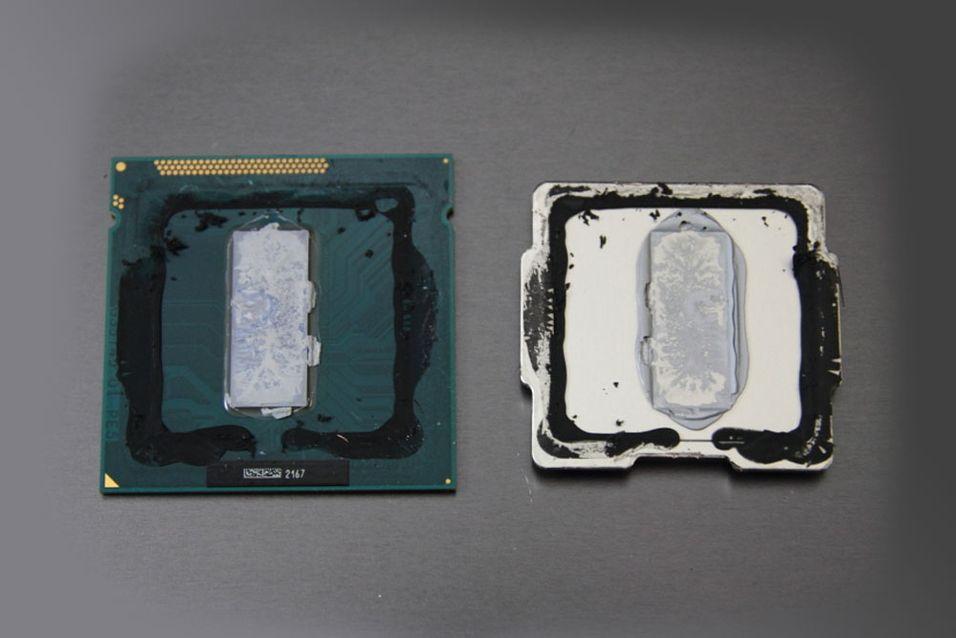Den termiske pastaen Intel har valgt å bruke mellom prosessoren og kjøleelementet i Ivy Bridge-serien ser ut til å være synderen.