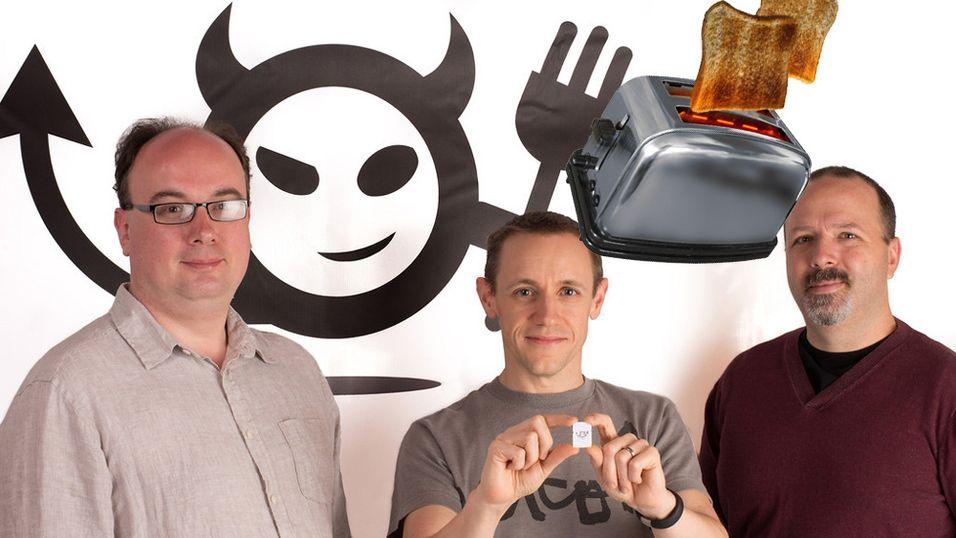 Electric Imp-gründere Peter Hartley, Hugo Fiennes og Kevin Fox.