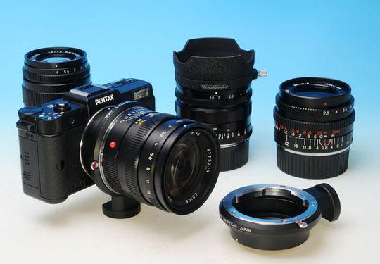 Den nye adapteren gjør at man kan bruke Nikons og Leicas objektiver på Pentax Q.