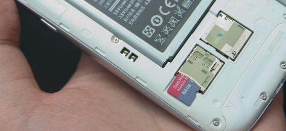 Galaxy S III støtter så godt som alt av nye mobilteknologier, inkludert de største minnekortene du får tak i.