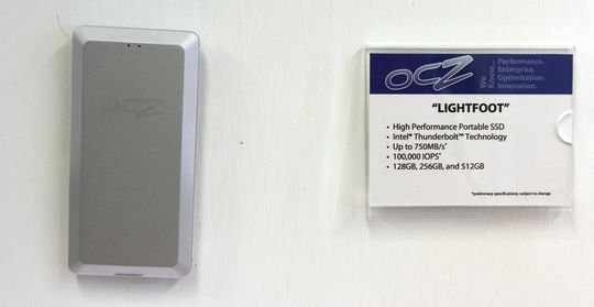 OCZ Lightfoot bruker Thunderbolt.