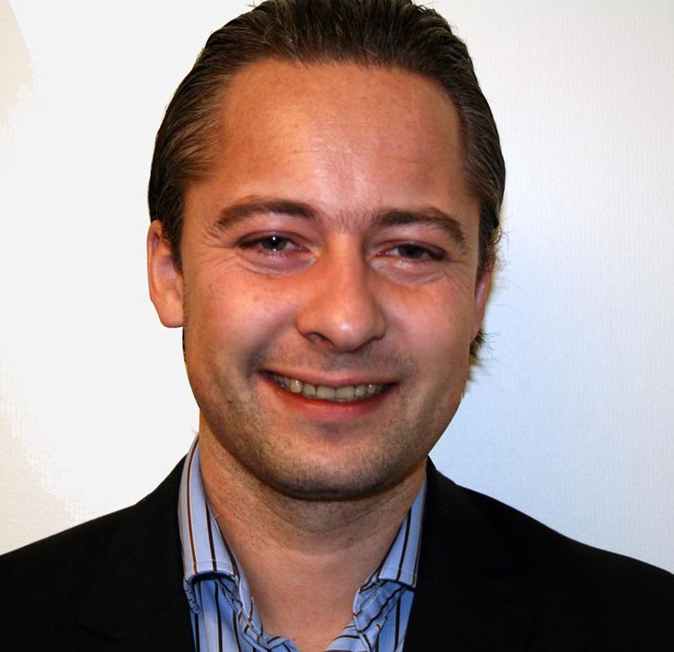 Marius Halle er administrerende direktør i Apéritif AS og Edit Communication AS. Han har tidligere jobbet som innholdssjef i Netcom, hvor han blant annet hadde ansvar for innholdstjenester, applikasjoner og mobilbetaling.