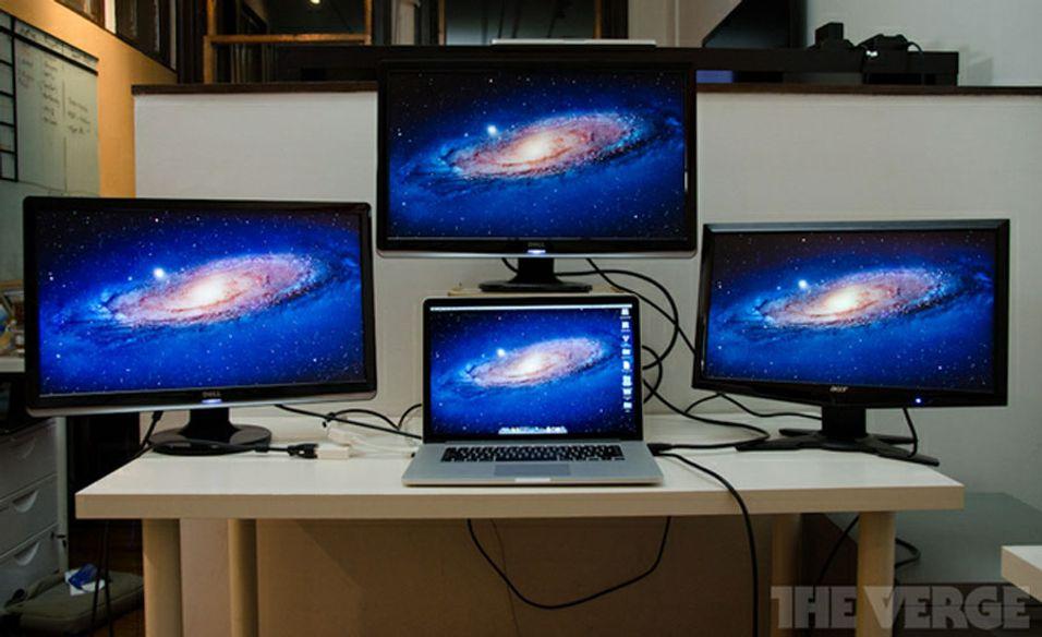 En Retina-MacBook Pro støtter tre eksterne skjermer.