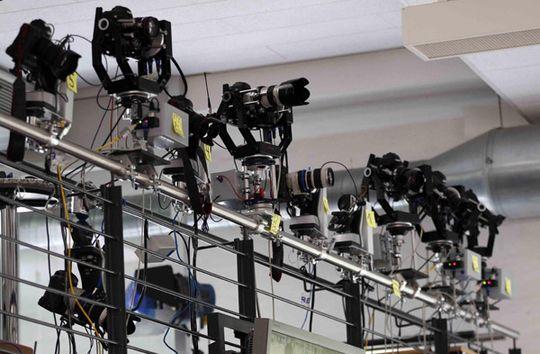 Reuters tester kamera-oppsettet i Berlin. Alle kameraene tiltes i alle retninger.