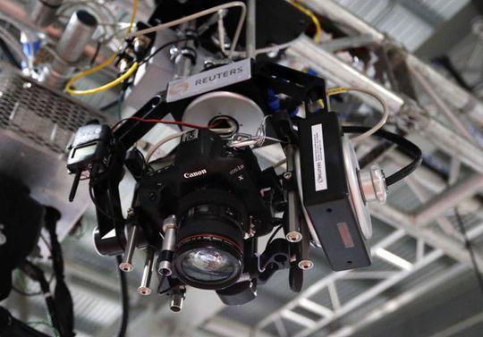 Canon EOS 1D x montert i roboten.