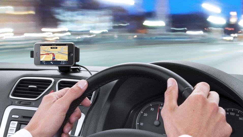 Snart forbudt med sjåfør-SMS?
