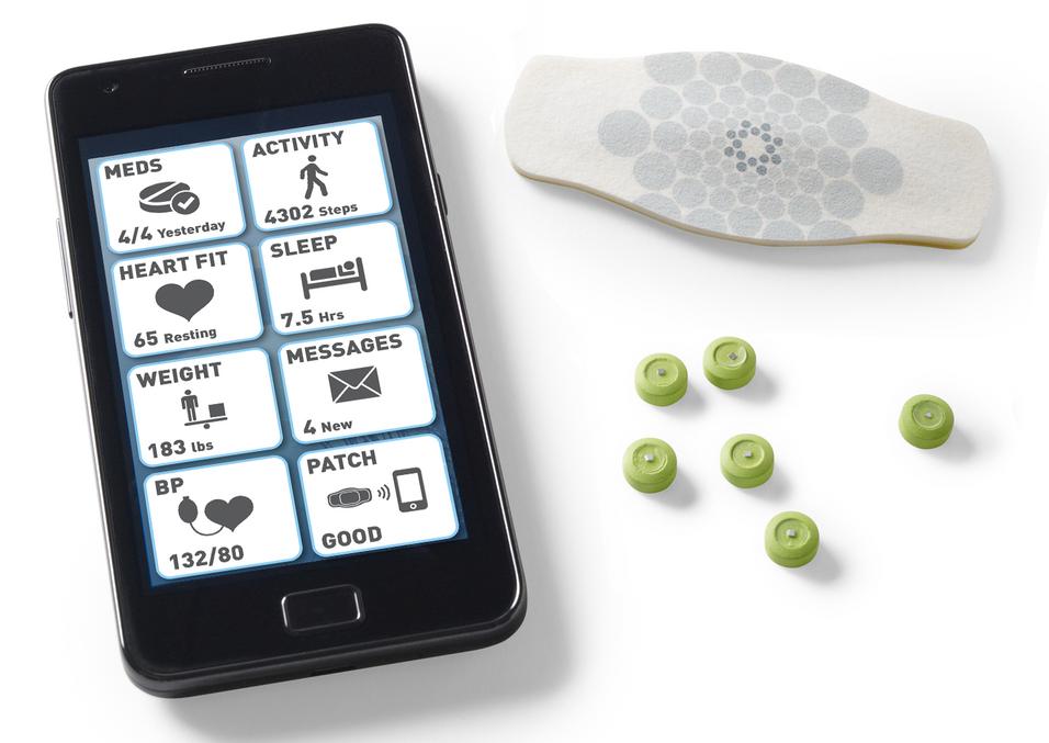 Når de digitale pillene blir spist, sender de et signal via en plasterlapp til legens mobiltelefon.