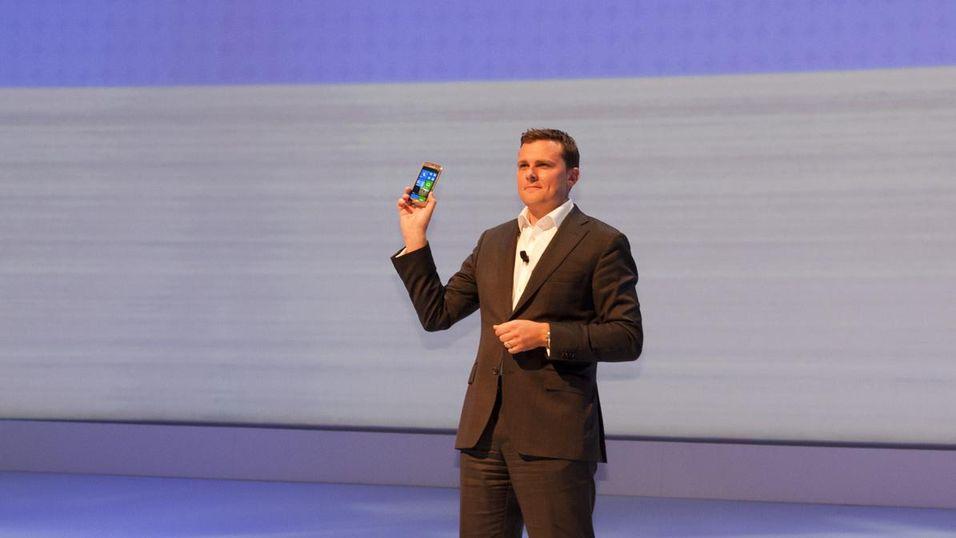 Her er verdens første Windows 8-mobil