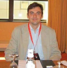 Security Exploration-sjefen Adam Gowdiak feirer at selskapet har funnet 50 sårbarheter i Java siden april i år.