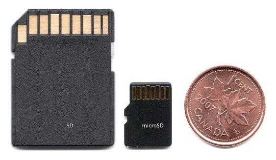 SD til venstre, mikro-SD i midten.