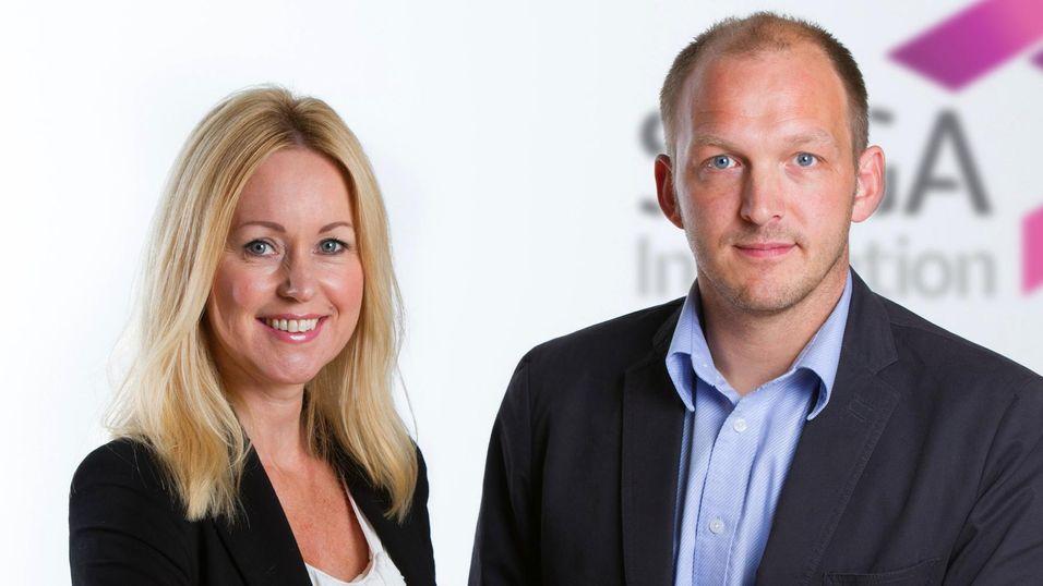 Daglig leder Hilde Walter Moland og salgs- og markedssjef Ola Simensen lover studentene både  praksisplass og jobb .