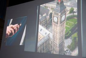 En ny funksjon i iOS 6 lar deg fly over bygninger i 3D.