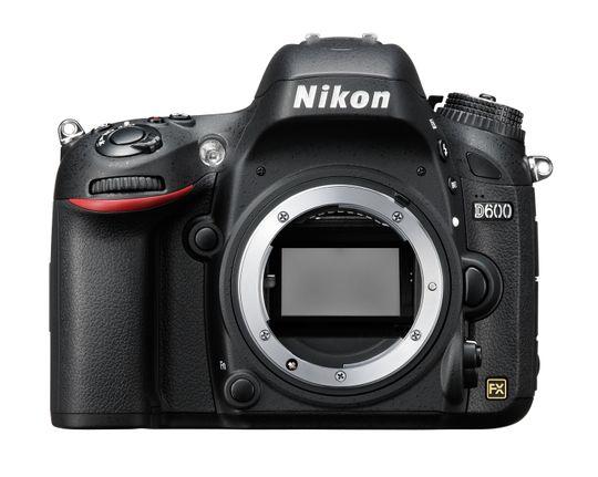 Nikon D600 er støttet av de nye versjonene, men bare som betaversjon.