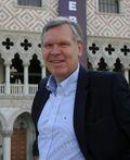 Utdannelse fra et eliteuniversitet viser et veltrimmet hode, mener Jørgen Myrland i Cisco.