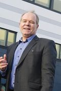 Bernahard Iversen i CSC ser utdannelse fra et eliteuniversitet som et kvalitetsstempel.