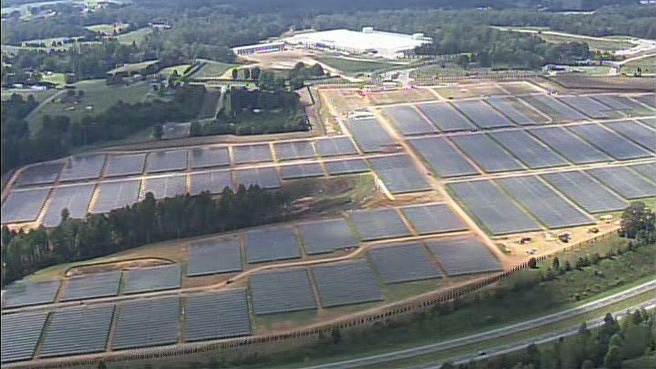 Apples kommende datasenter i North Carolina trenger masse energi og får det via denne solcellefarmen.