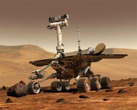 STILL GOING STRONG: Oppdraget til marsbilen Opportunity var i utgangspunktet ferdig i 2004, men ruller fremdeles rundt på den røde planeten. Nå har den sendt hjem et gåtefullt bilde NASAs forskere ikke kan forklare.