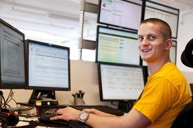 Jonatan Vik er leder for Telefoni- og samhandling. Han begynte på servicedesken.
