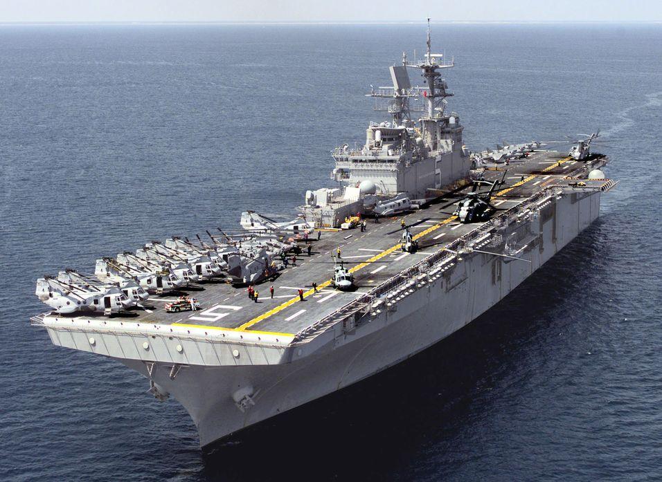 DRIVES AV SALTVANN? Hangarskip som USS Bataan kan i framtiden bli selvforsynt med drivstoff.