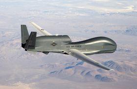 HISTORISK: Global Hawk var den første dronen som i 2001 krysset over stillehavet fra California til Australia.