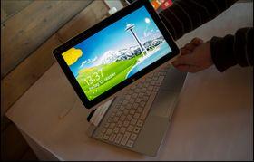 Iconia W510 har en avtagbar skjerm.