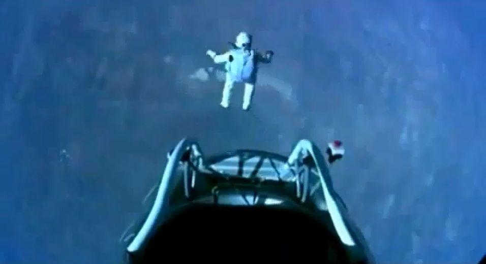 Her hopper han fra 39.000 meter