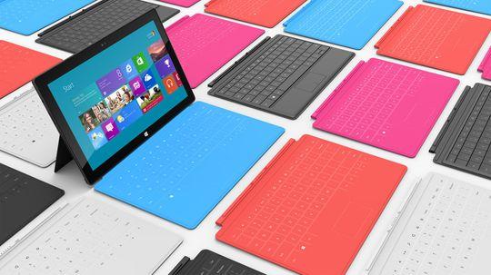 I første omgang kommer kun RT-versjonen av Microsoft Surface. .