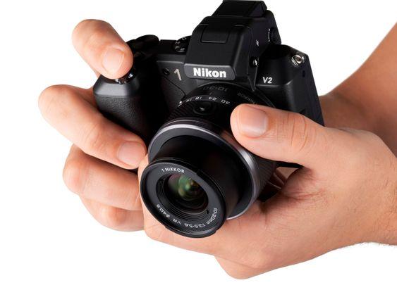 Nikon 1 V2.