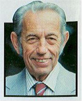 PROFET: Predikanten Harold Camping har spådd jordens undergang hele tre ganger.