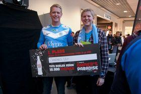 To glade Sandnes Ulf-vinnere – Thorbjørn Holger Opstad (t.v.) og Lars Lørup. (Foto: Audun Rodem/Gamer's Paradise).