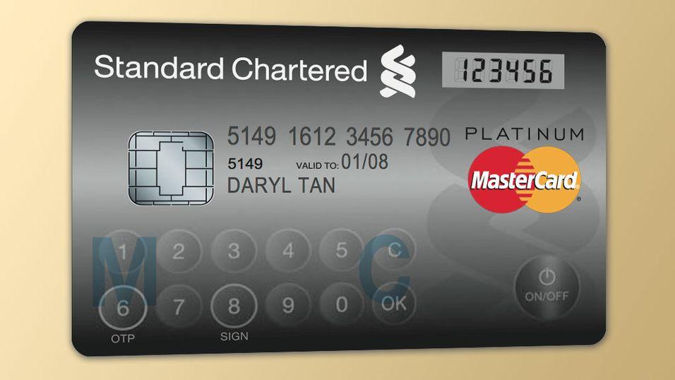 DITT NESTE BANKKORT? De nye kortene har trykksensitivt minitastatur og LCD-skjerm.