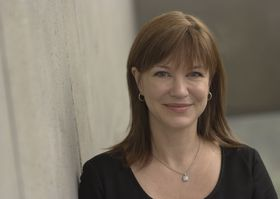 Julie Larson-Green tar over de fleste oppgavene til Sinofsky.